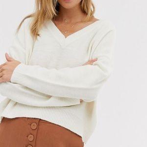 NWT BRAVE SOUL Cream Oversized Vneck Sweater